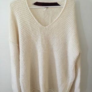 Free People Sweaters - Off White Cozy Free People Sweater